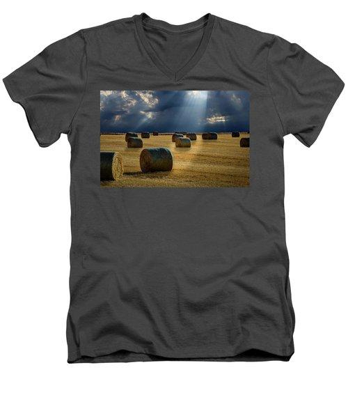 Round Bales Men's V-Neck T-Shirt