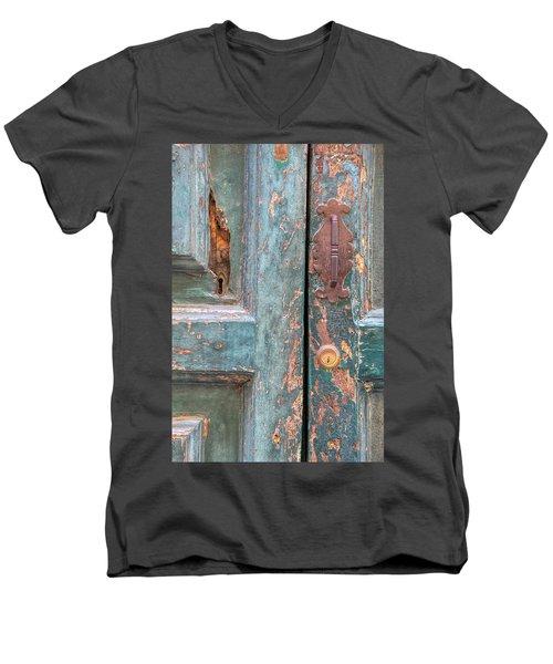 Rustic Green Door Of Cortona Men's V-Neck T-Shirt