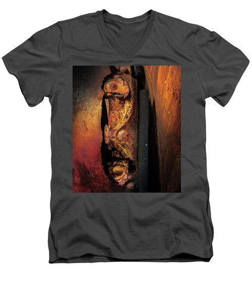 Rusty Colours Men's V-Neck T-Shirt
