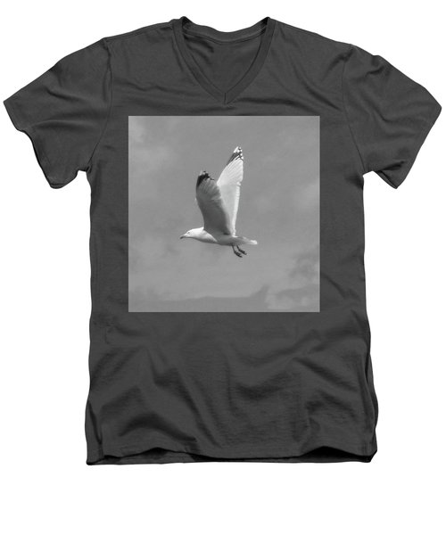 Seagull Over Llandudno Men's V-Neck T-Shirt