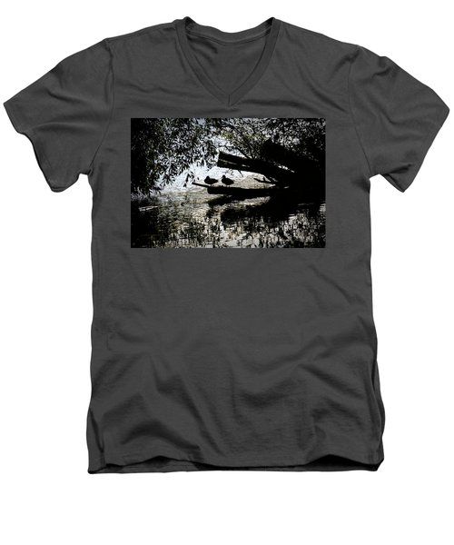 Silhouette Ducks #h9 Men's V-Neck T-Shirt