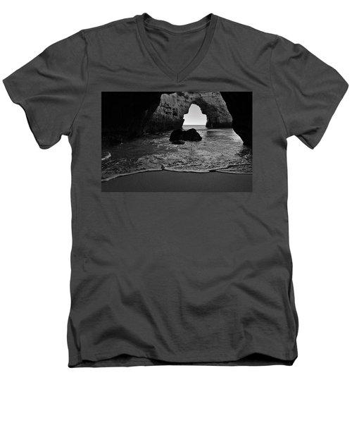 Silky Waves In Monochrome Men's V-Neck T-Shirt