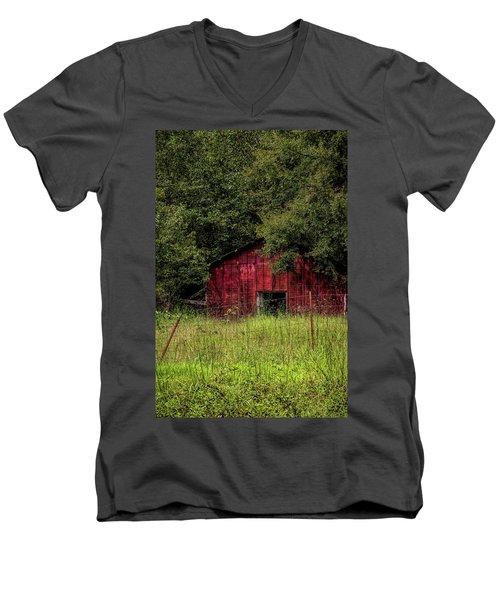 Small Barn 2 Men's V-Neck T-Shirt