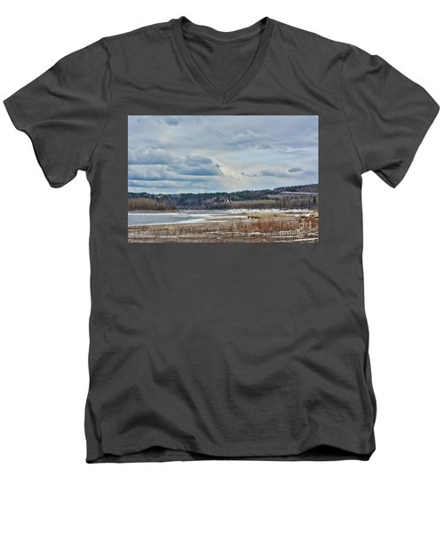 Smooth Landing  Men's V-Neck T-Shirt