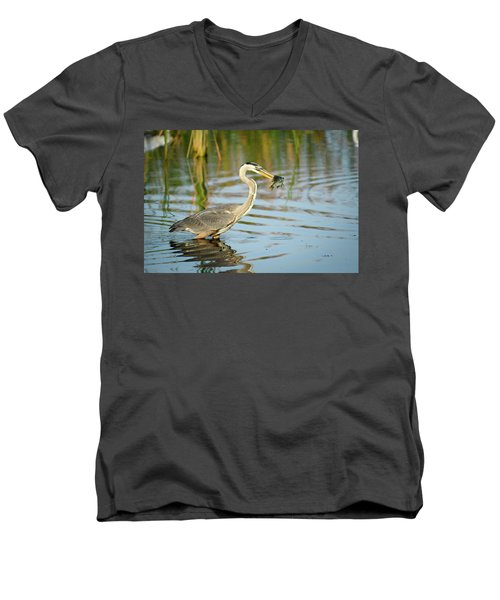 Snack Time For Blue Heron Men's V-Neck T-Shirt