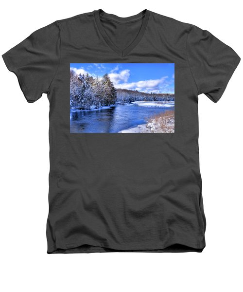 Men's V-Neck T-Shirt featuring the photograph Snowy Banks Of The Moose River by David Patterson