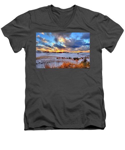 Men's V-Neck T-Shirt featuring the photograph Snowy Sunset by David Patterson