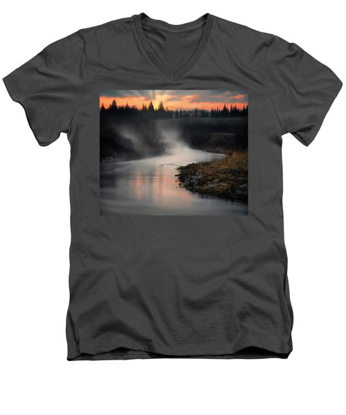 Sturgeon River Morning Men's V-Neck T-Shirt