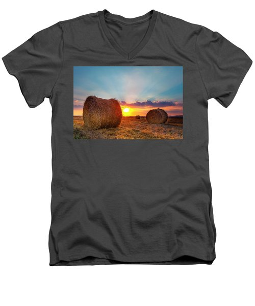 Sunset Bales Men's V-Neck T-Shirt