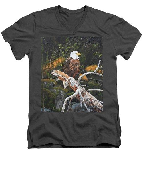 Surveying The Sea Men's V-Neck T-Shirt