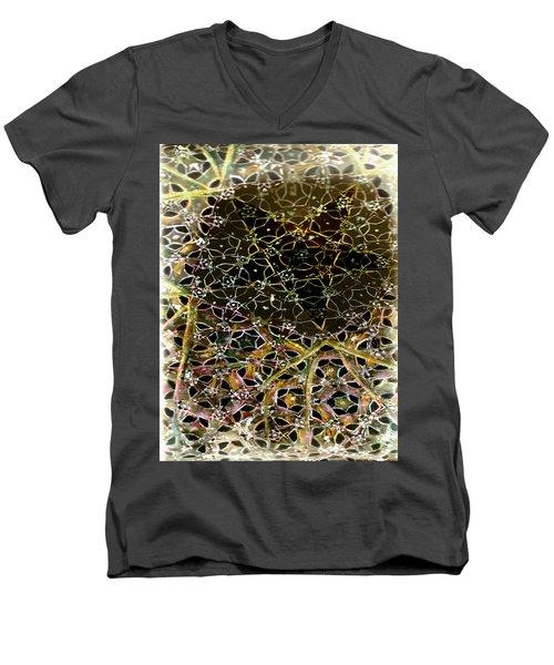 Tela 2 Men's V-Neck T-Shirt