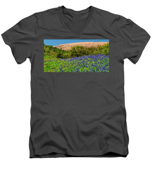 Texas Bluebonnets And Enchanted Rock 2016 Men's V-Neck T-Shirt