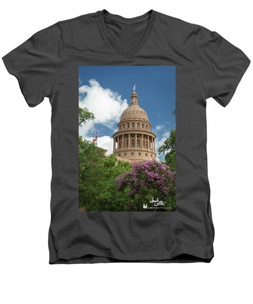 Texas Capital Building Men's V-Neck T-Shirt