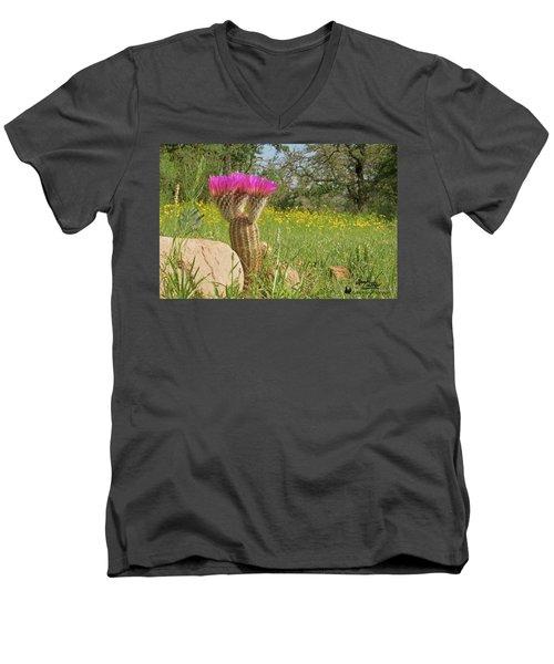 Texas Lace Men's V-Neck T-Shirt