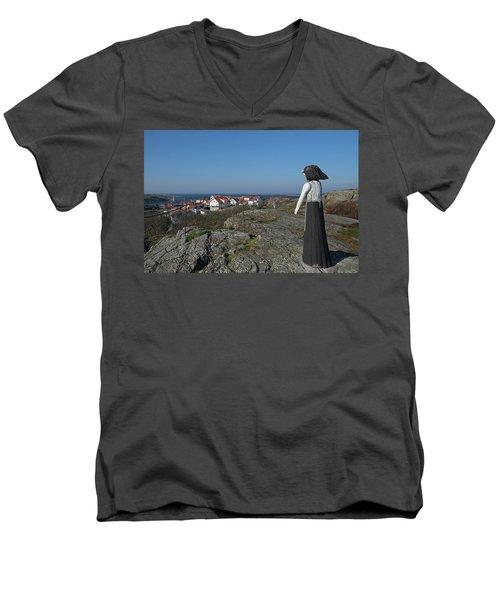 The Fisherman's Wife Men's V-Neck T-Shirt