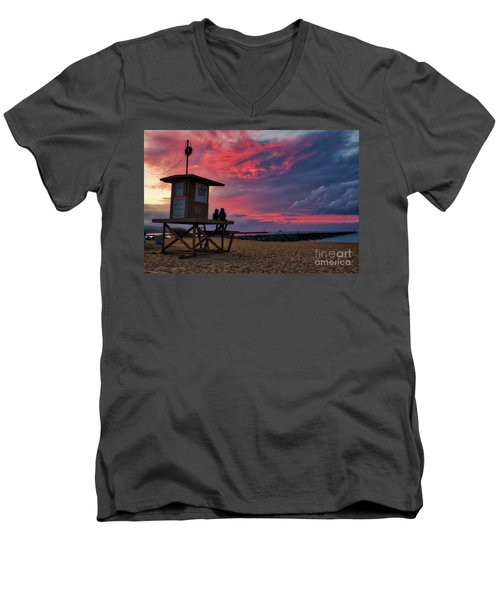 The Last Sunrise Of 2018 At The Wedge Men's V-Neck T-Shirt