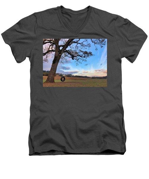 Tire Swing Tree Men's V-Neck T-Shirt