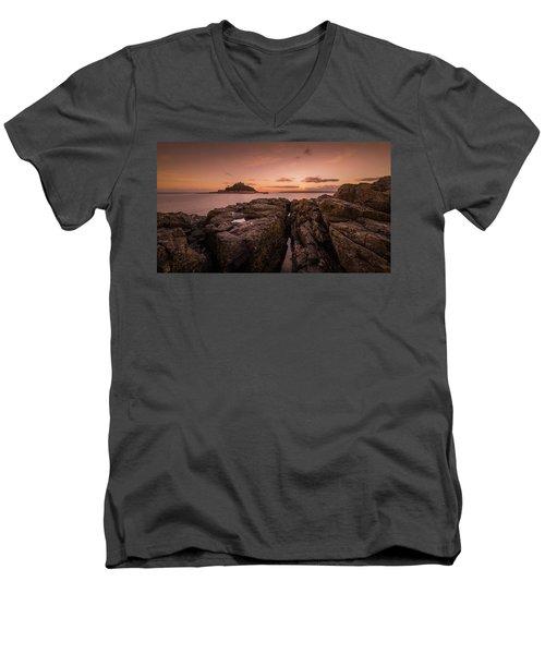 To The Sunset - Marazion Cornwall Men's V-Neck T-Shirt