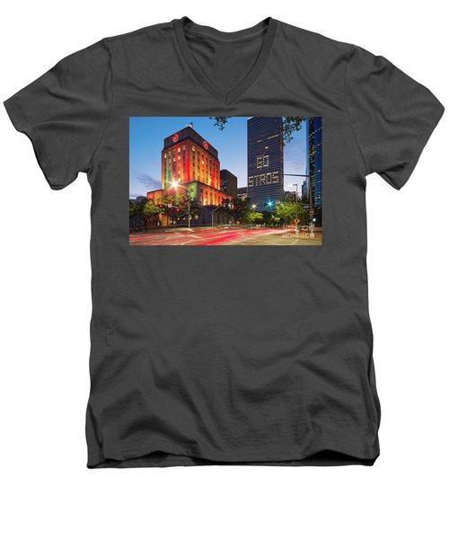 Twilight Photograph Of Houston City Hall Astros Baseball World Series 2017 - Downtown Houston Men's V-Neck T-Shirt