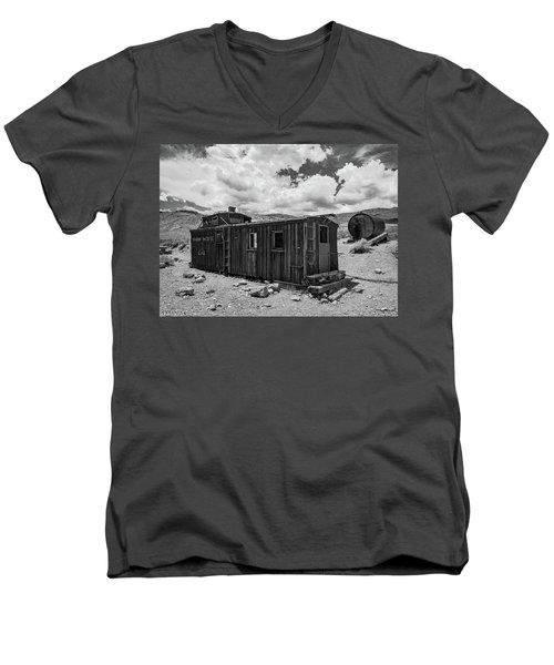 Union Pacific Caboose Men's V-Neck T-Shirt