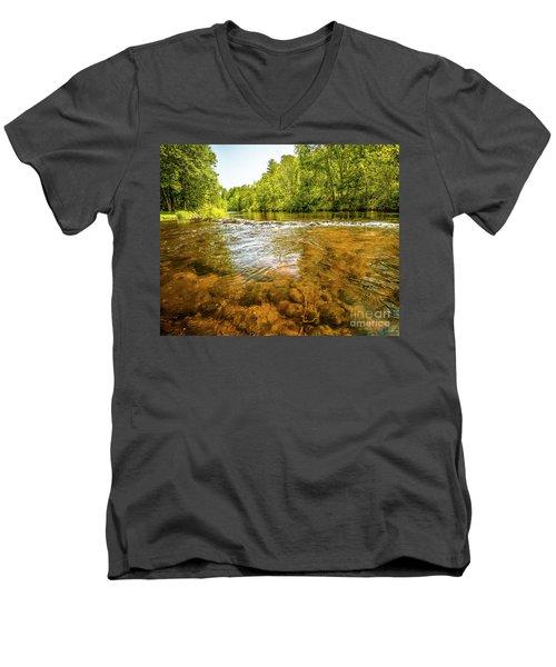 Vans Pool On The Farmington Men's V-Neck T-Shirt