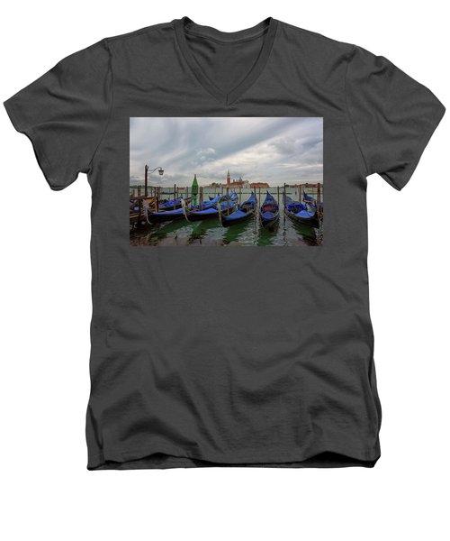 Venice Gondola's Grand Canal Men's V-Neck T-Shirt