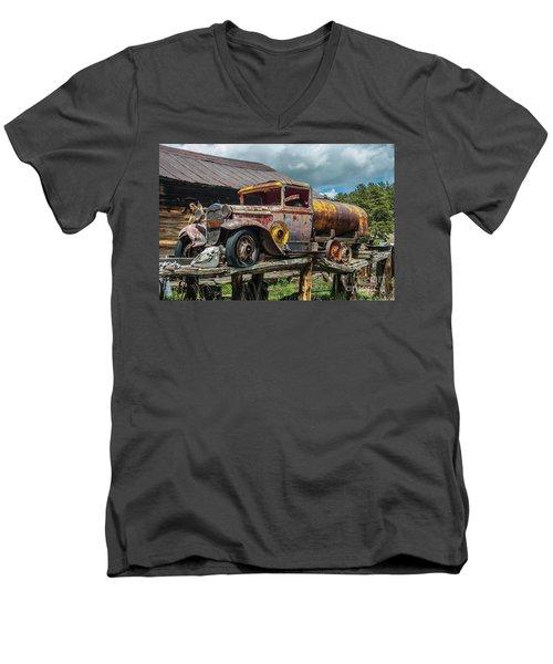 Vintage Ford Tanker Men's V-Neck T-Shirt