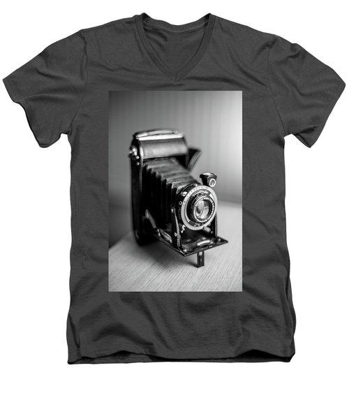 Voigtlander Men's V-Neck T-Shirt