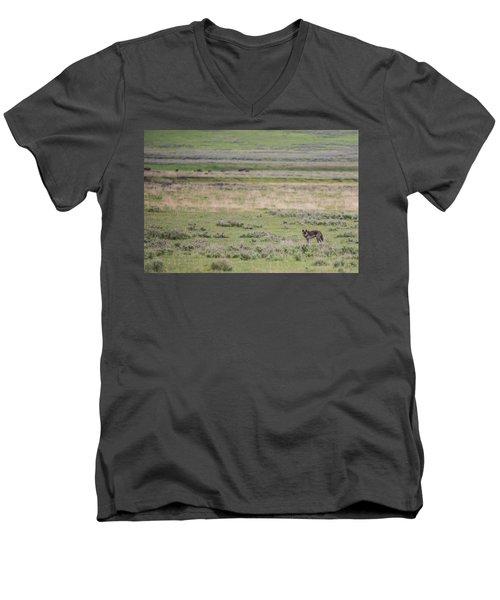 W26 Men's V-Neck T-Shirt