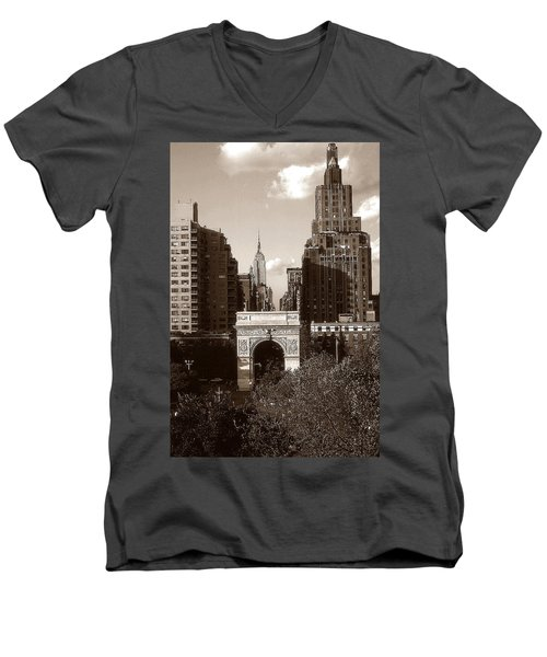 Washington Arch And New York University - Vintage Photo Art Men's V-Neck T-Shirt