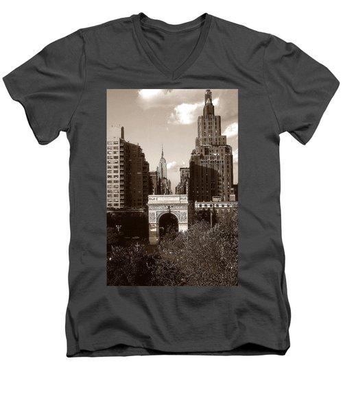 Washington Arch And New York University - Vintage Photo Art Men's V-Neck T-Shirt