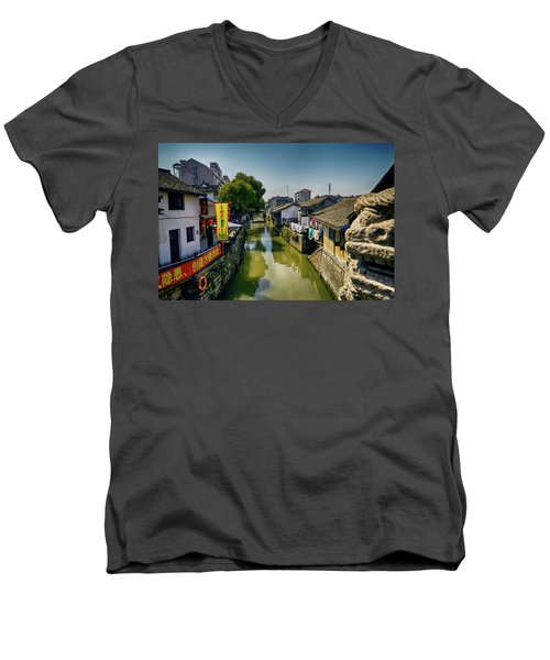 Water Village Men's V-Neck T-Shirt