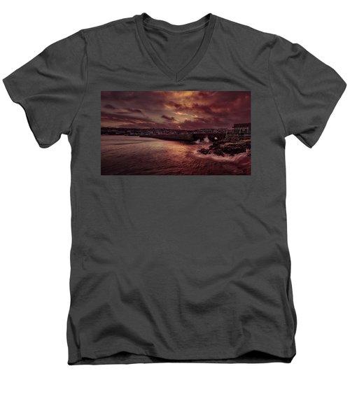 Wave At The Pier Men's V-Neck T-Shirt