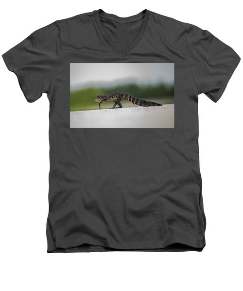 Why Did The Gator Cross The Road? Men's V-Neck T-Shirt