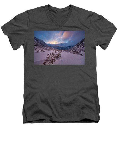 Windswept, Spring Sunrise In Tuckerman Ravine Men's V-Neck T-Shirt