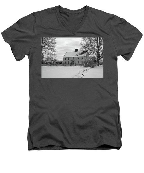 Winter At Noyes House Men's V-Neck T-Shirt
