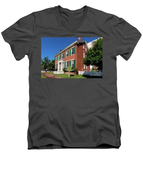 Woodrow Wilson Boyhood Home - Augusta Ga 2 Men's V-Neck T-Shirt
