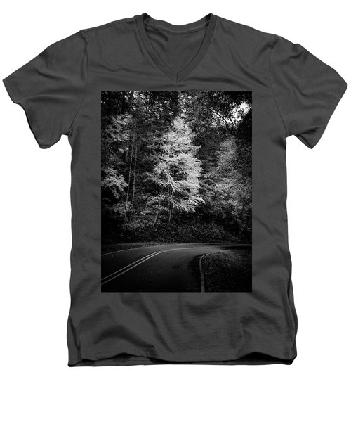 Yellow Tree In The Curve In Black And White Men's V-Neck T-Shirt