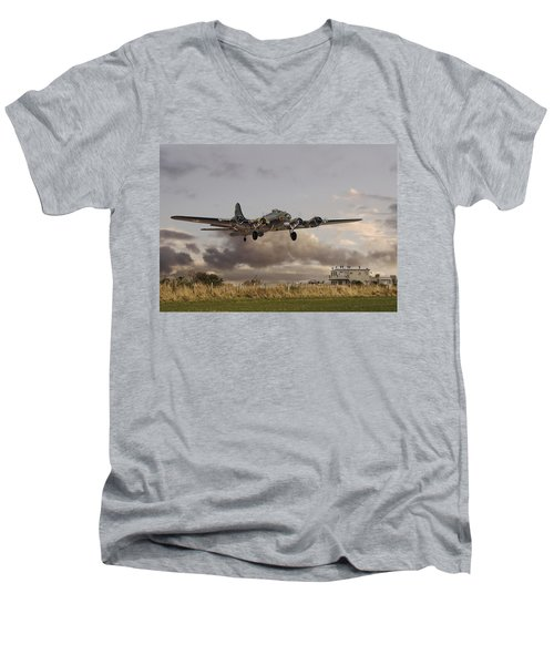 B17- 'airborne' Men's V-Neck T-Shirt