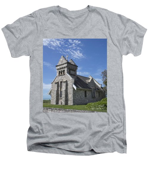 Church In New Zealand Men's V-Neck T-Shirt by Loriannah Hespe