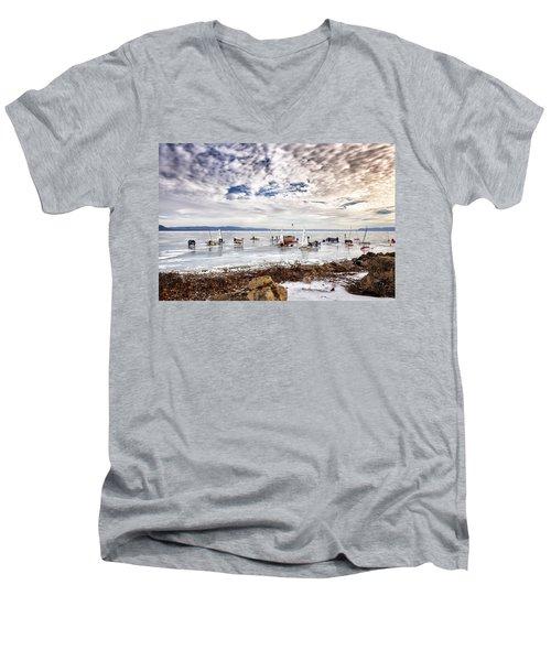 Ice Boats On Lake Pepin Men's V-Neck T-Shirt