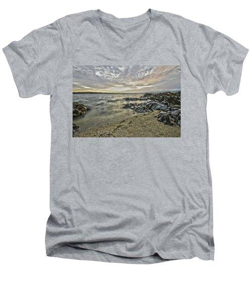 Skerries Ocean View Men's V-Neck T-Shirt