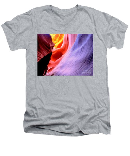light symphony of Antelope canyon Men's V-Neck T-Shirt