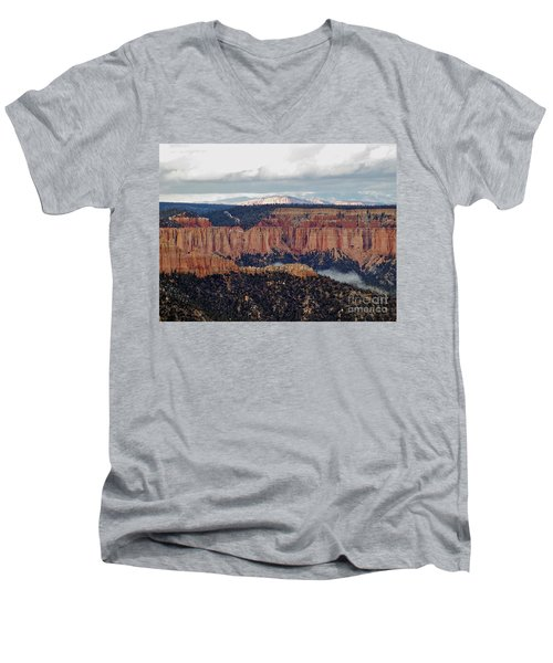 Bryce Canyon Men's V-Neck T-Shirt