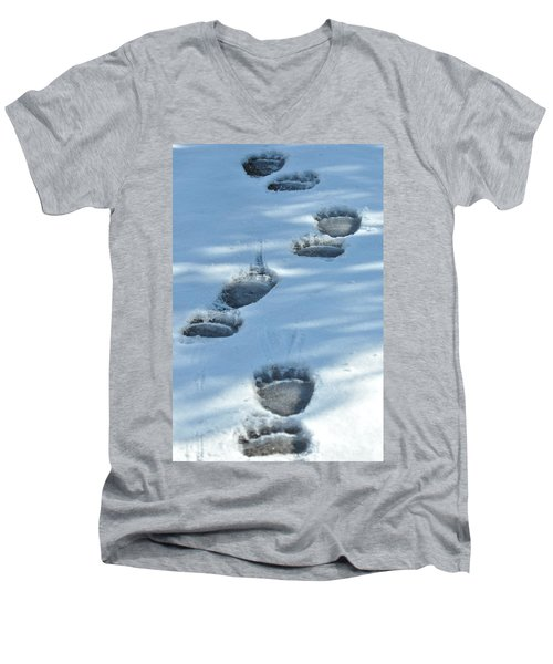 Grizzly Bear Tracks Men's V-Neck T-Shirt