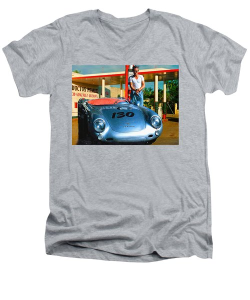 James Dean Filling His Spyder With Gas Men's V-Neck T-Shirt
