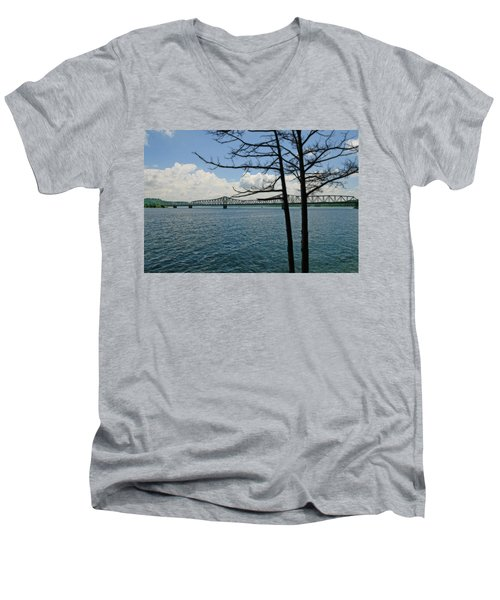Kimberling City Bridge Men's V-Neck T-Shirt