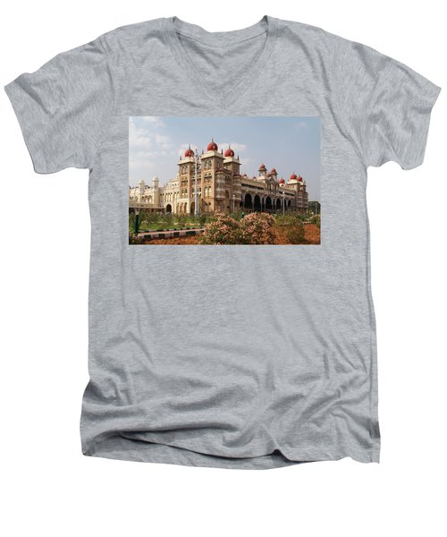 Maharaja's Palace And Garden India Mysore Men's V-Neck T-Shirt