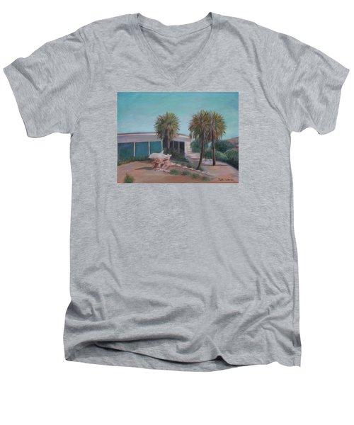 Marineland Gift Shop Men's V-Neck T-Shirt