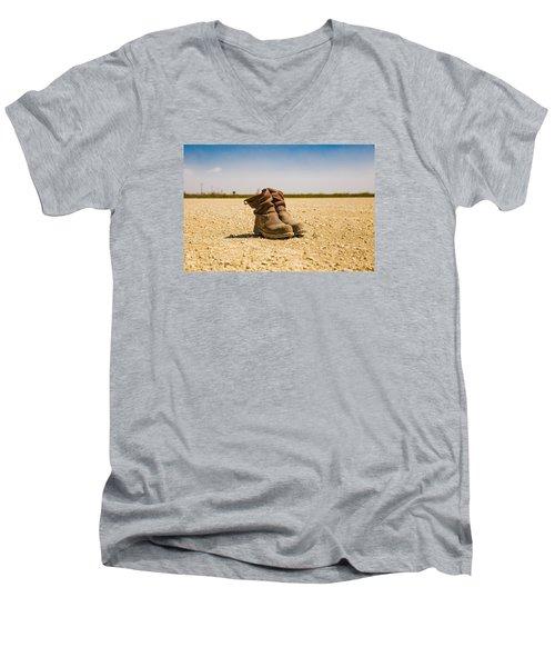 Muddy Work Boots Men's V-Neck T-Shirt